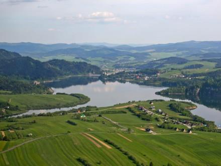Jezioro Czorsztyńskie w Pieninach